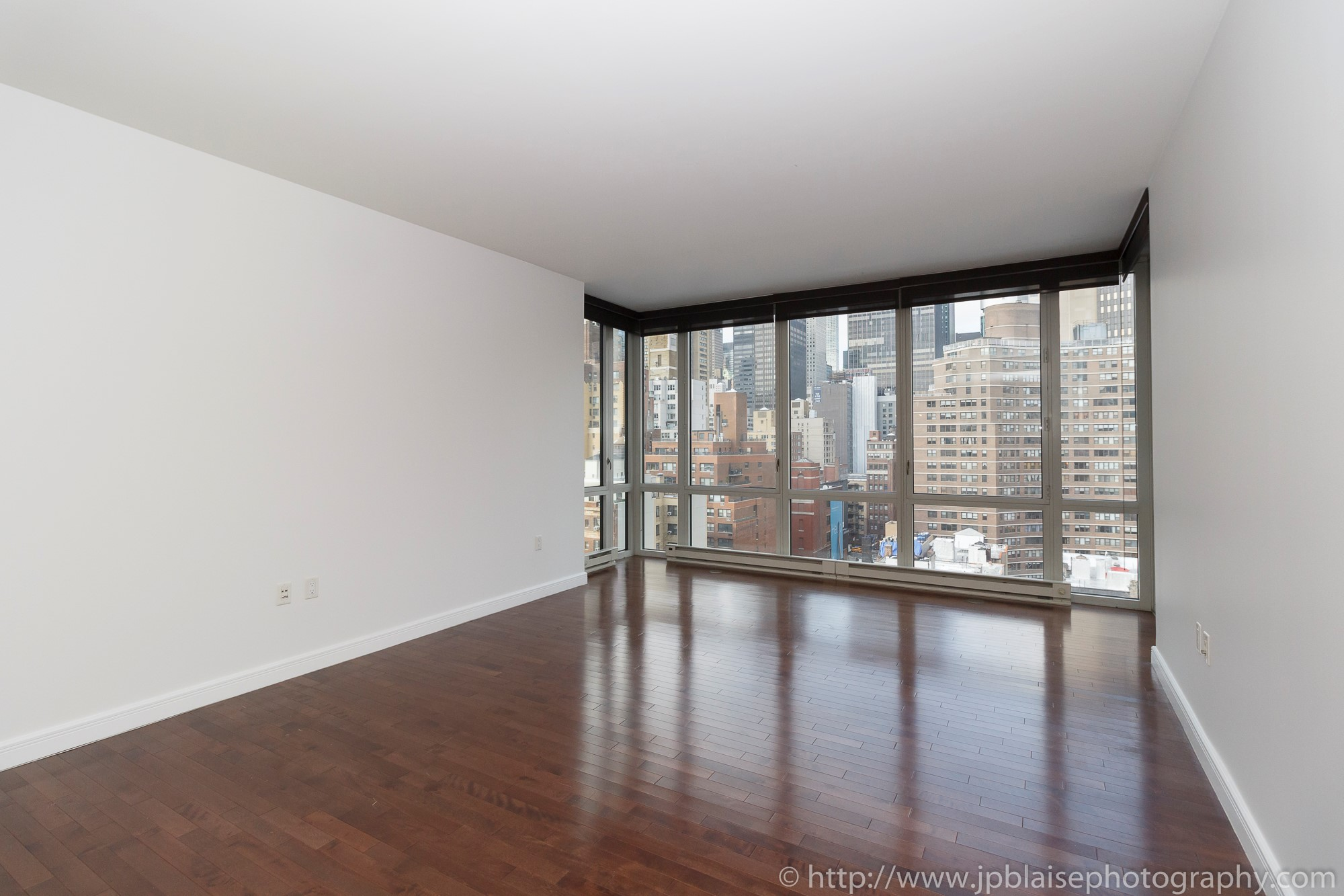 Apartment Photographer New York photoshoot one bedroom condo unit Midtown East ny nyc living room