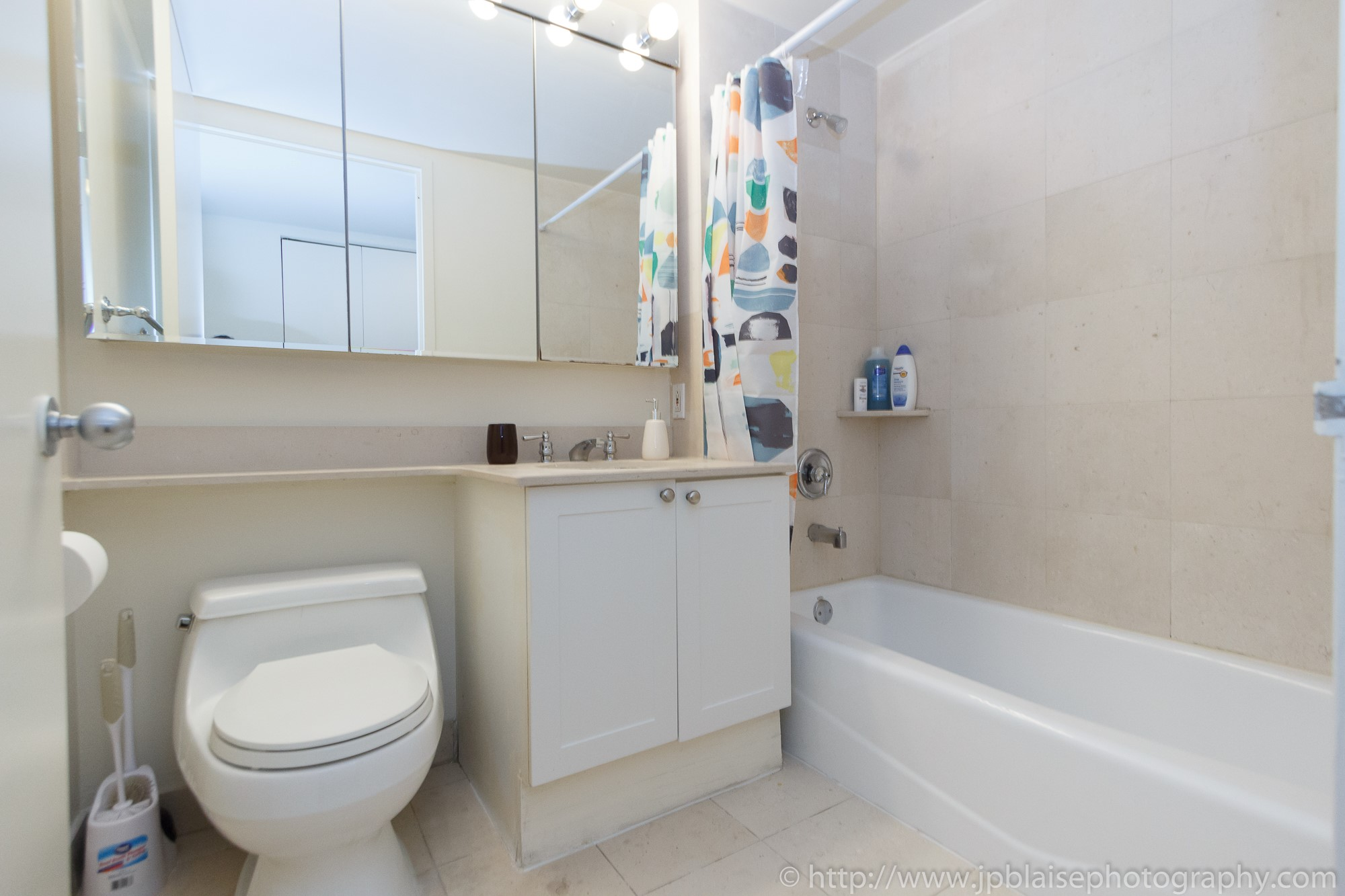 Apartment photographer New York City Two Bedroom Midtown East NY Bathroom