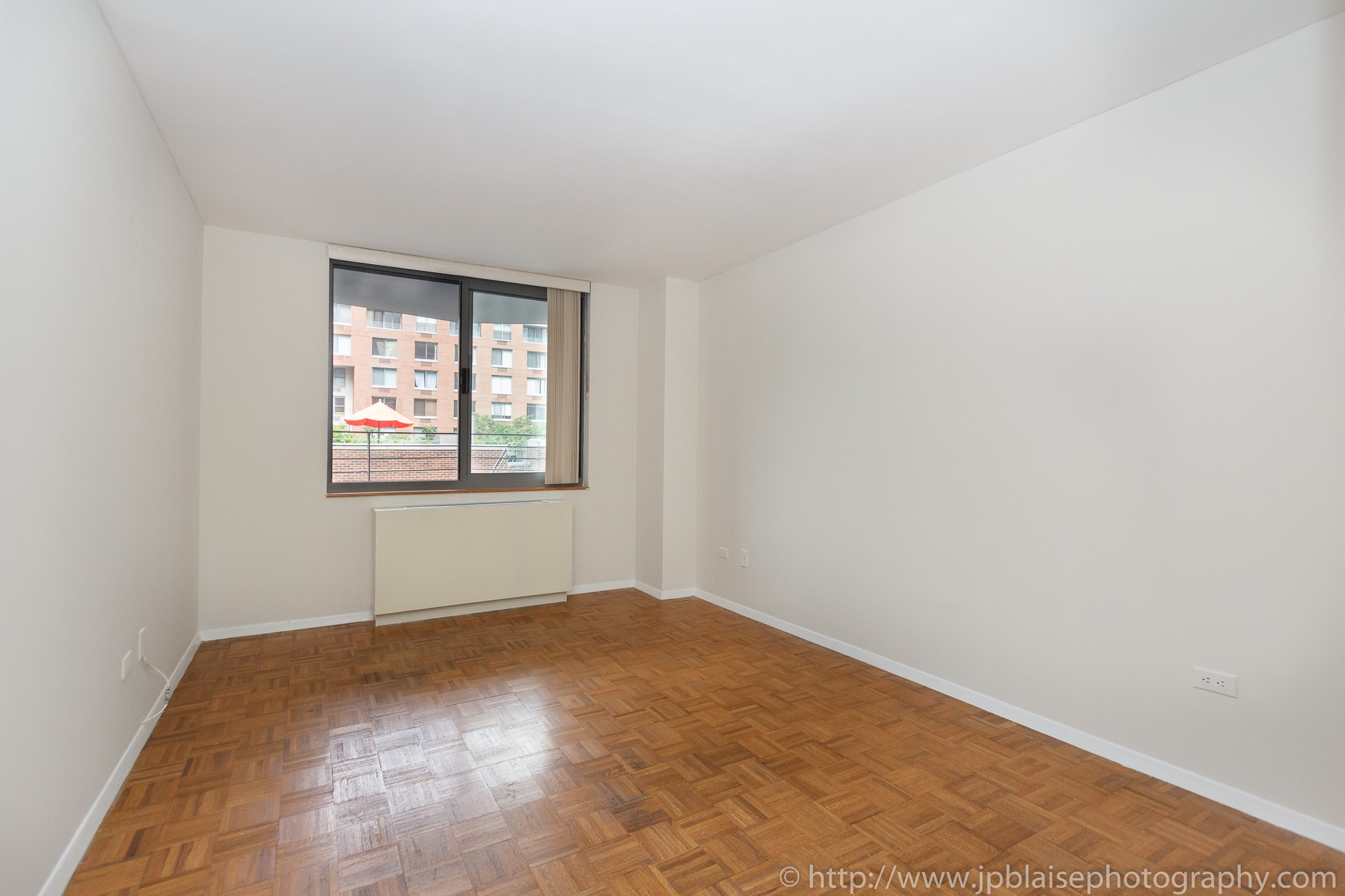 Real estate photographer diaries one bedroom apartment in - One bedroom apartment in new york city ...