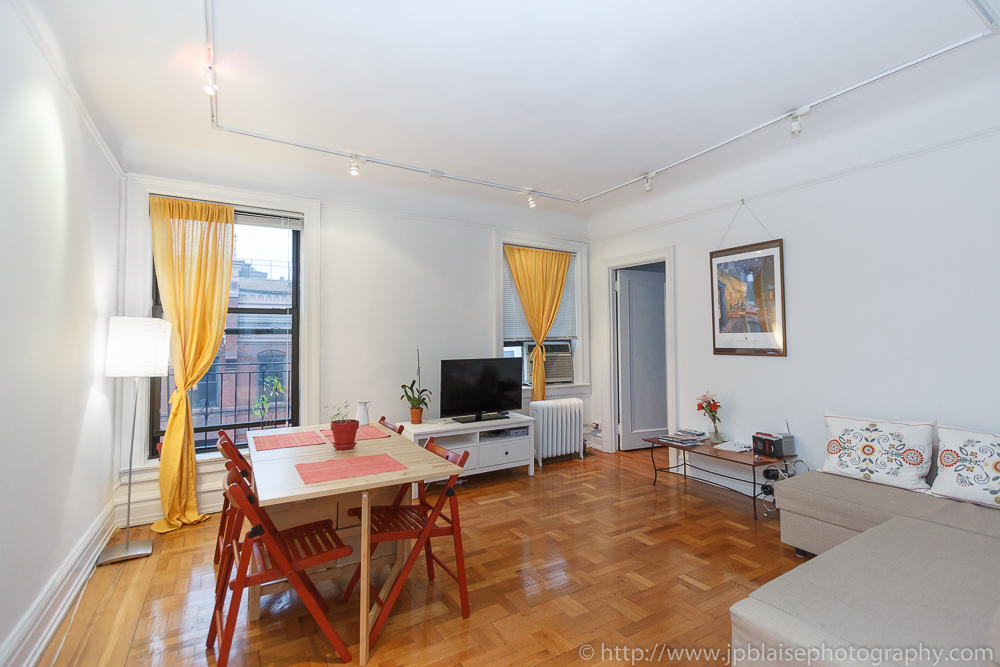 Nyc Apartment Photographer Shoot Of The Day Bright Two Bedroom Apartment In Chelsea Manhattan