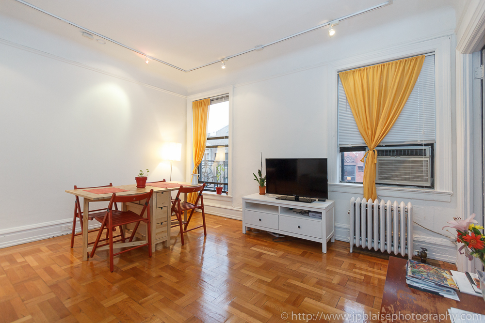 NYC Apartment Photographer Shoot Of The Day: Bright Two Bedroom Apartment  In Chelsea, Manhattan