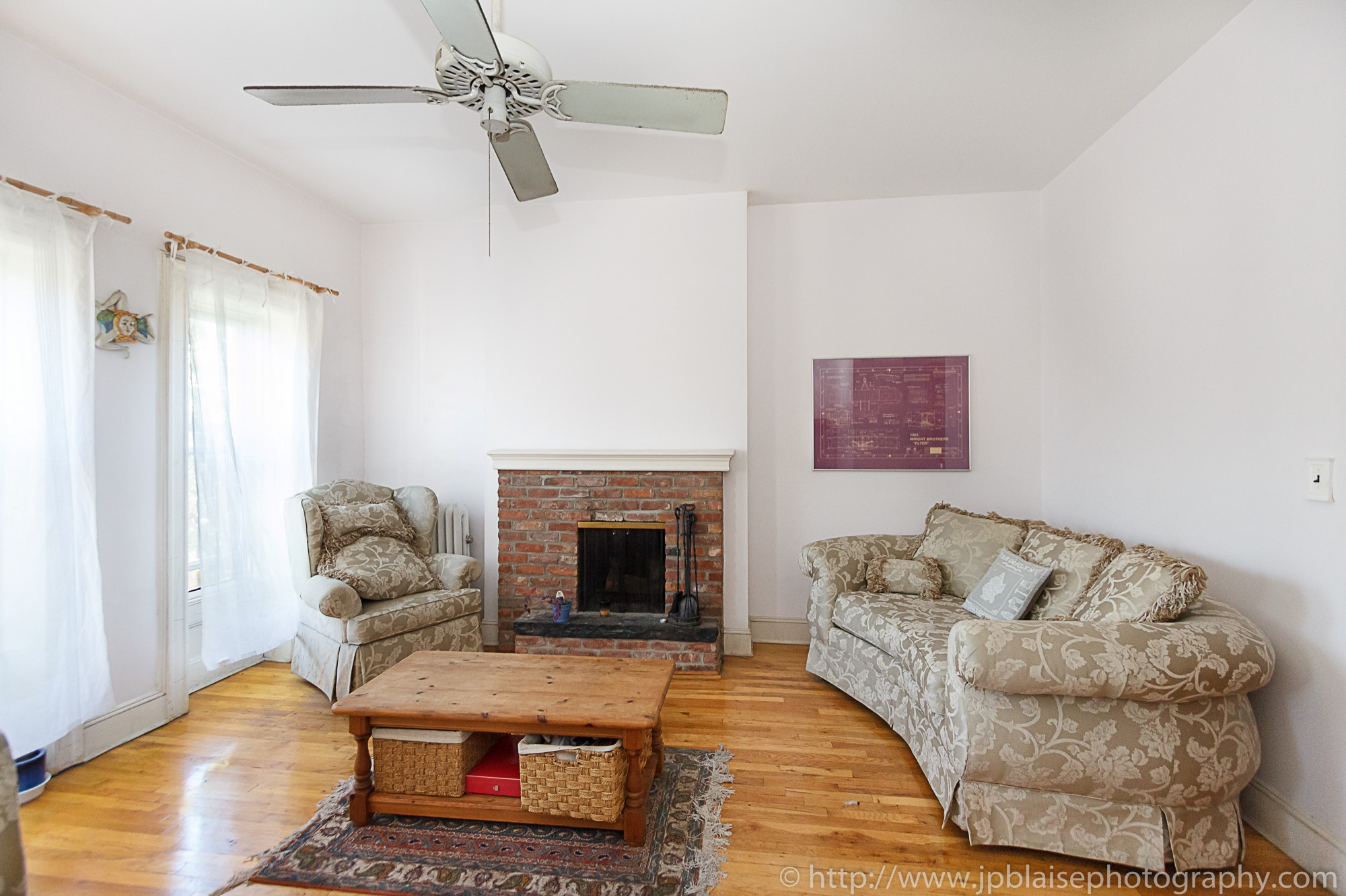 apartment photographer two bedroom unit in park slope brooklyn