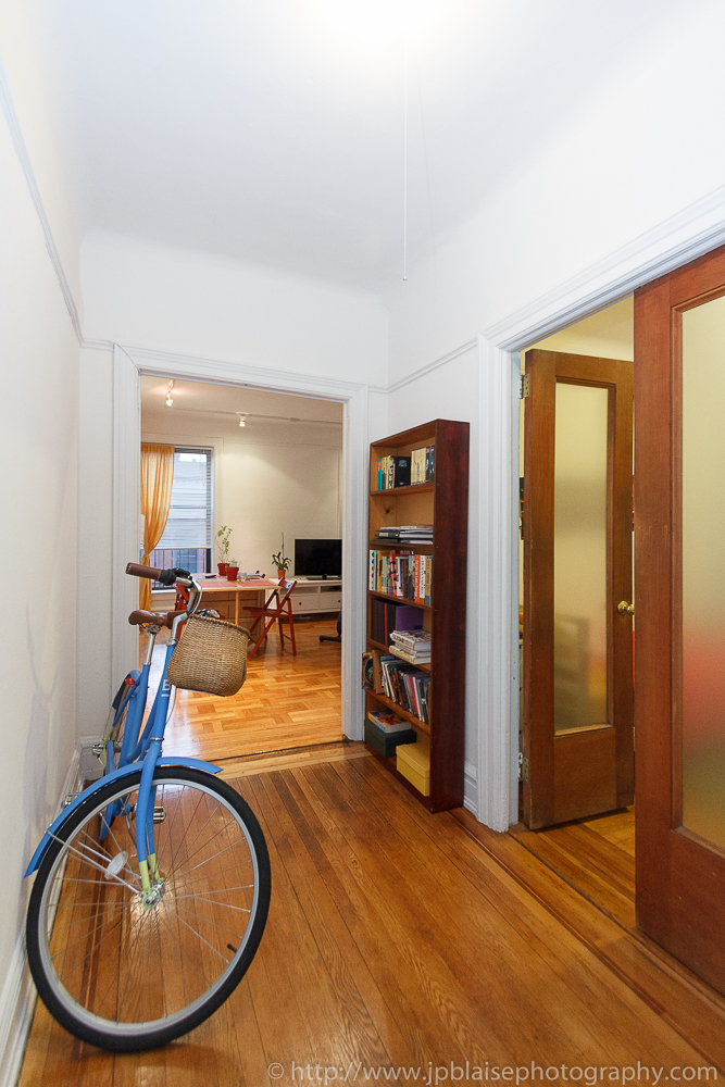 Apartment photographer work: Foyer of 2 bedroom apartment in Chelsea, New York City