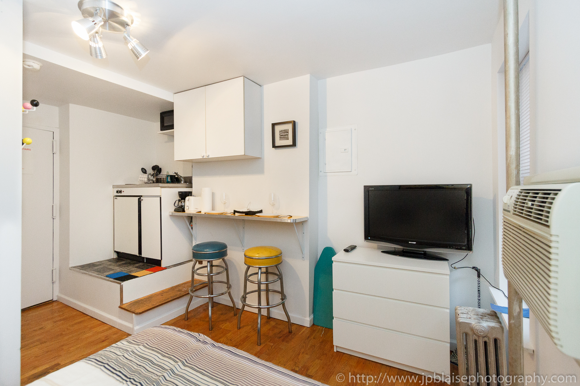 Interior Photography work: rooms for rent in midtown west new york city manhattan