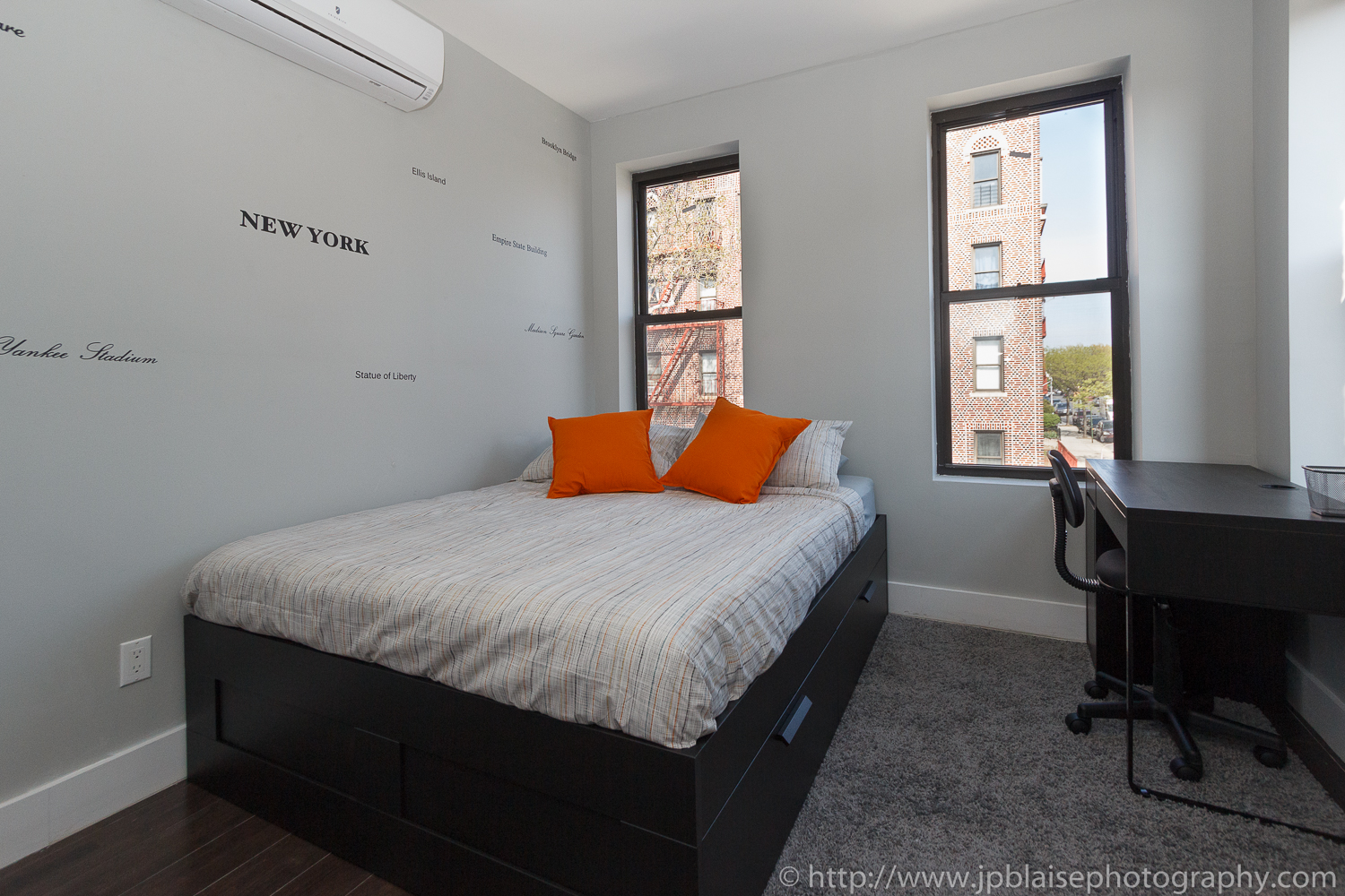 Real estate photographer work of the day modern three bedroom apartment in the heart of 5 bedroom apartment brooklyn