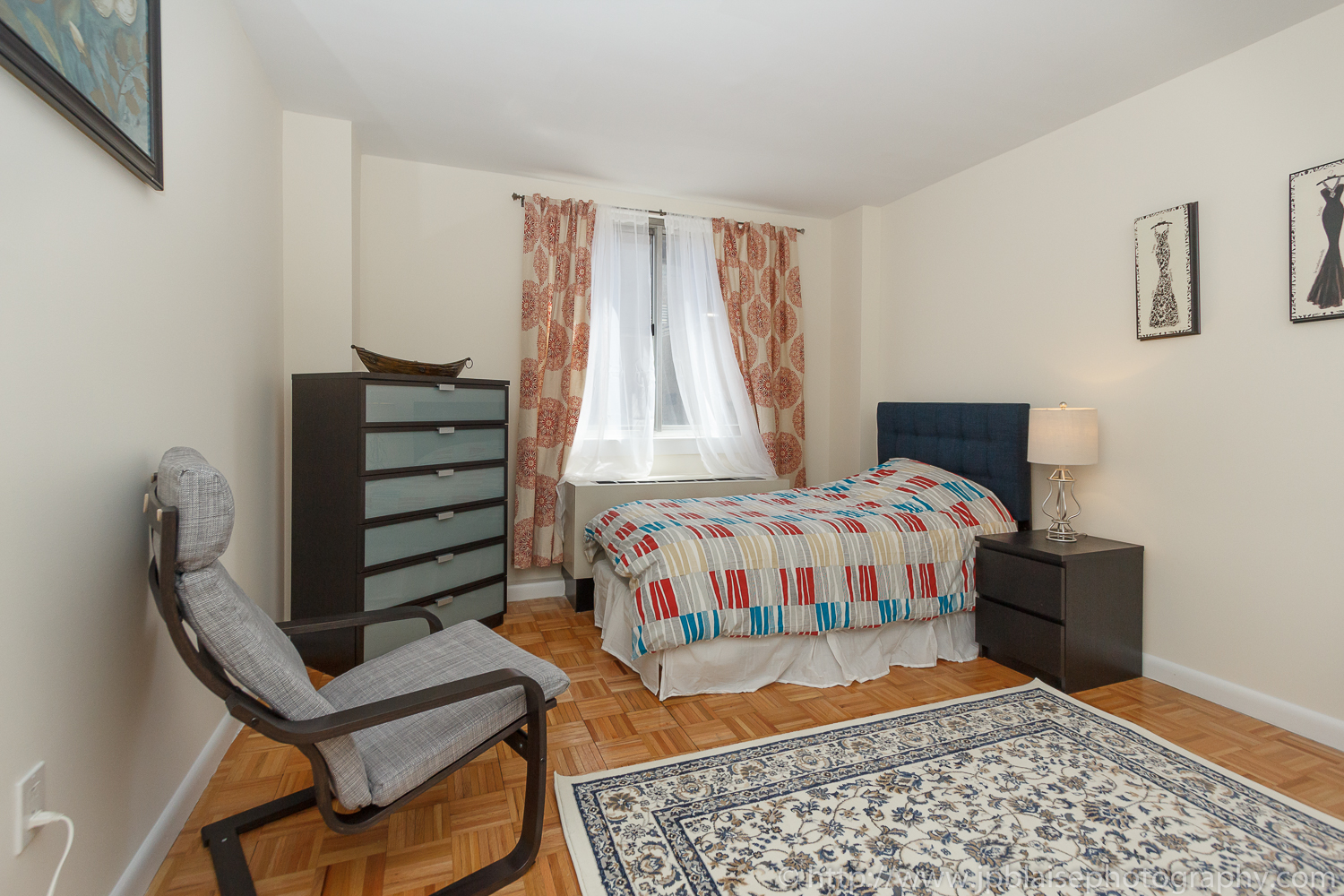 Latest NYC interior photographer work two bedroom two bathroom in Midtown East, Manhattan - picture of bedroom 2
