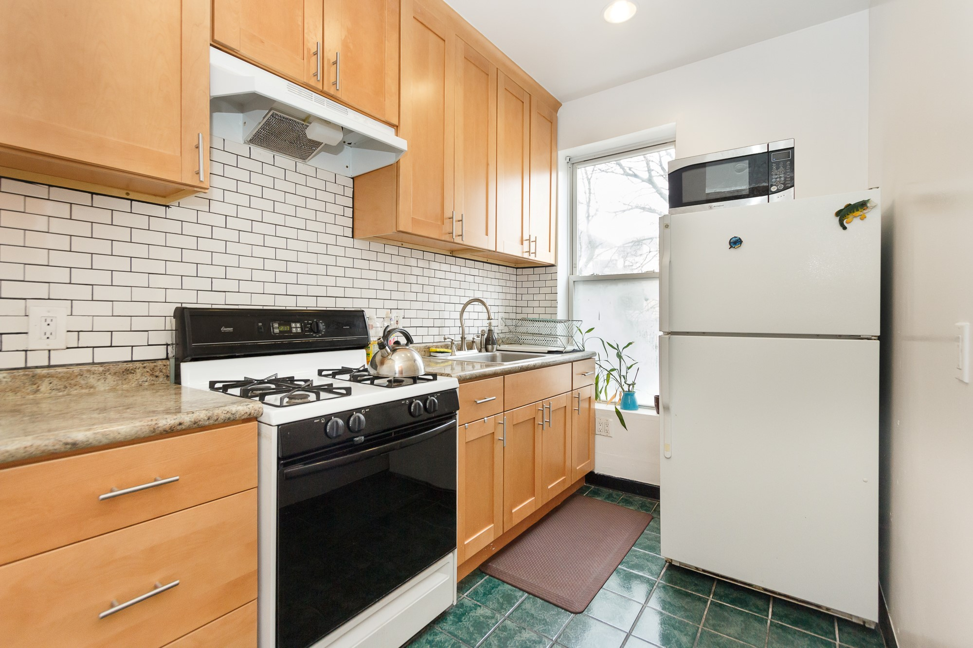 Latest New York apartment photographer session One bedroom unit