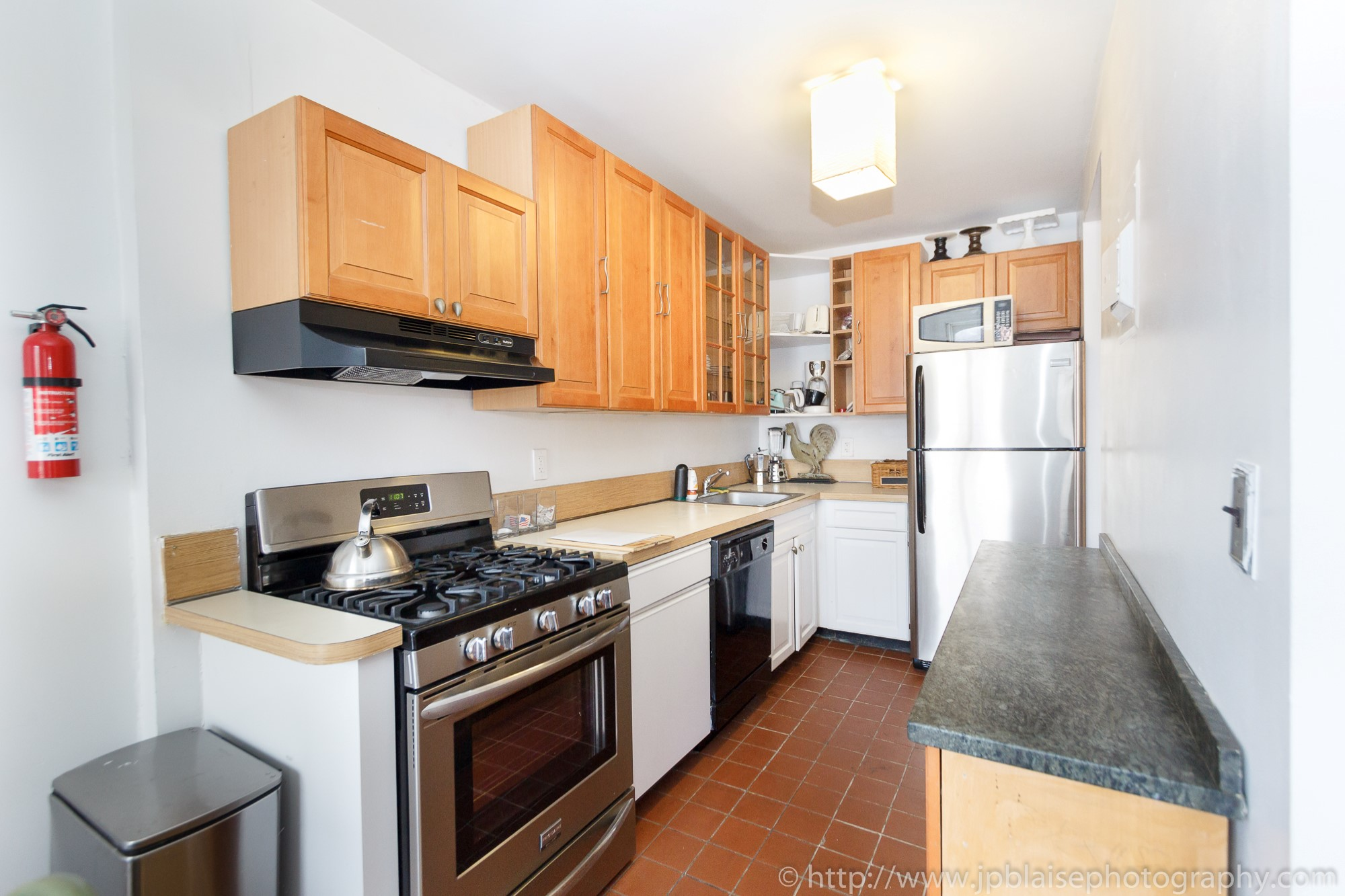 nyc apartment photographer one bedroom fort greene brooklyn new york city  kitchen. New York apartment photographer work of the week  Spacious One