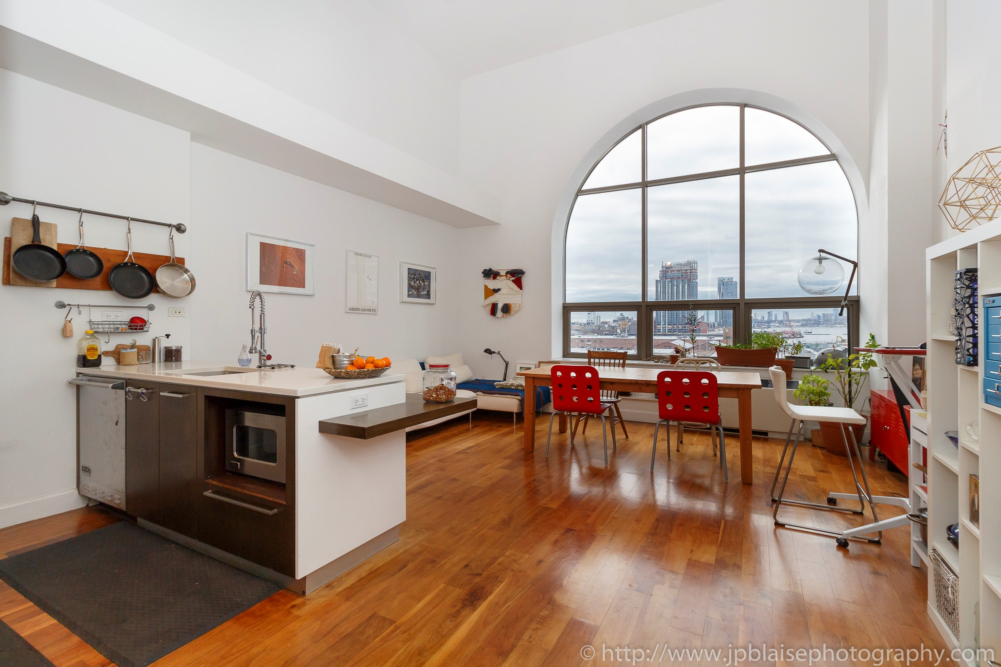 NYC apartment photographer real estate Long island city new york queens ny living room