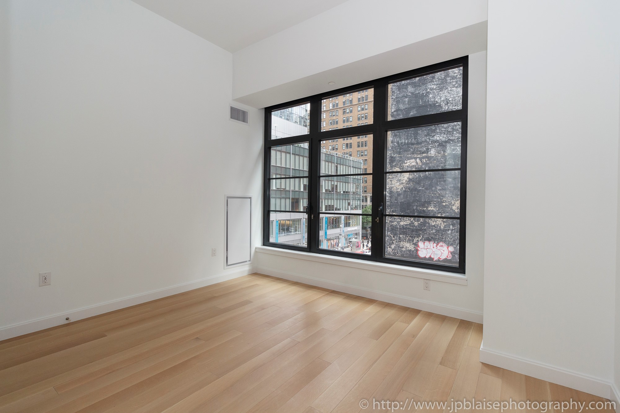 New York Apartment Photographer one bedroom condo manhattan flatiron district NY NYC bedroom