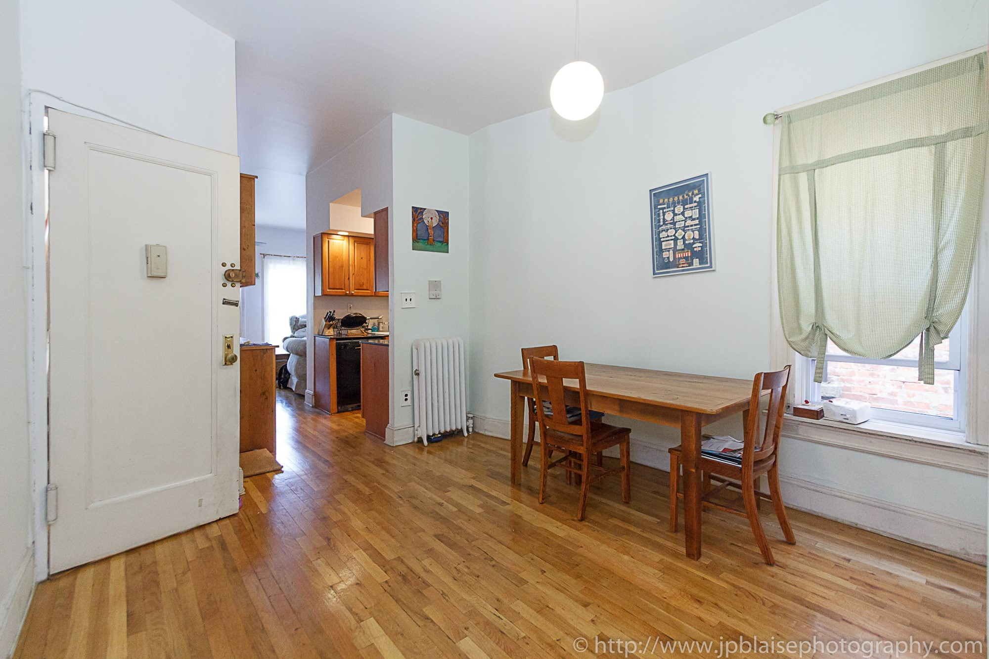 Ny apartment photographer adventures check out this spacious two bedroom in park slope for Two bedroom apartments in brooklyn ny