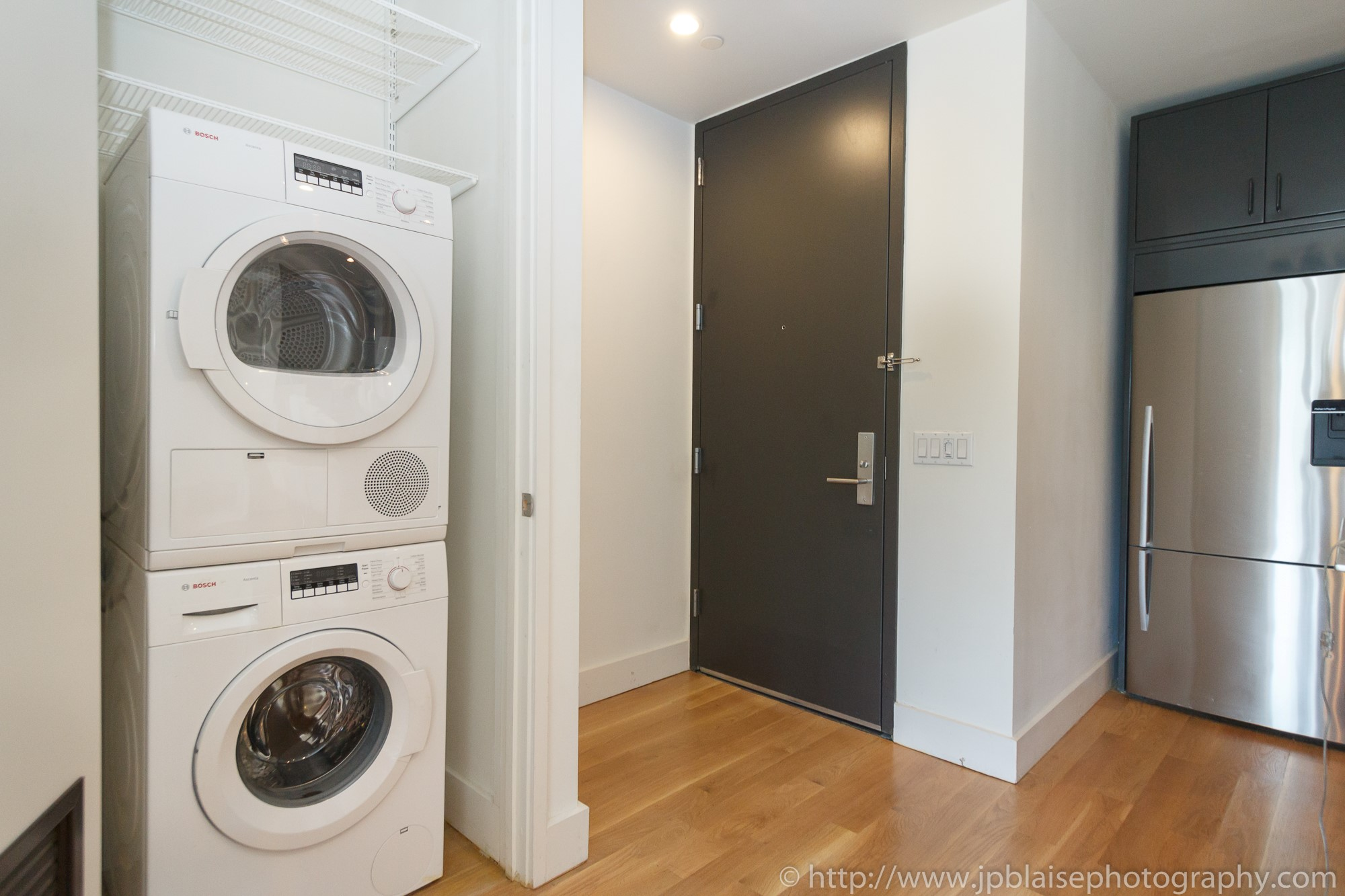 New York apartment photographer 3 bedroom unit downtown brooklyn washer