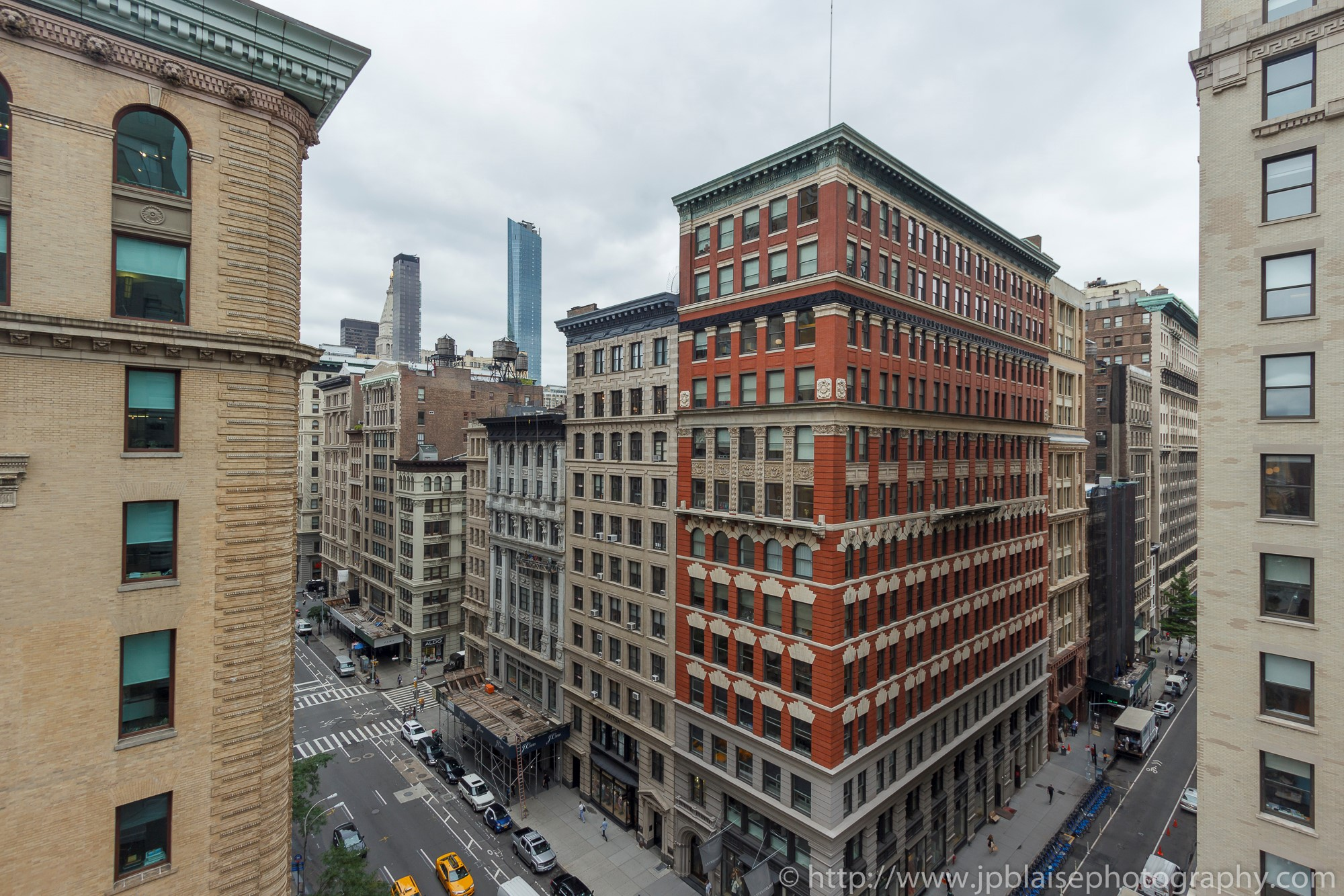 New-York-apartment-photographer-one-bedroom-flatiron-nyc-views
