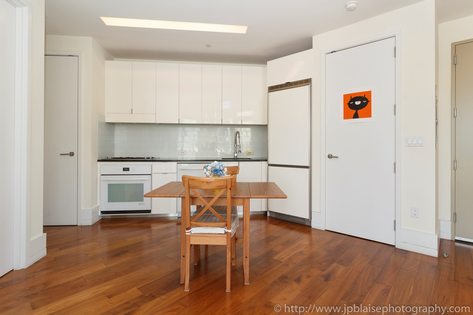 wood flooring long island city gurus floor. Black Bedroom Furniture Sets. Home Design Ideas