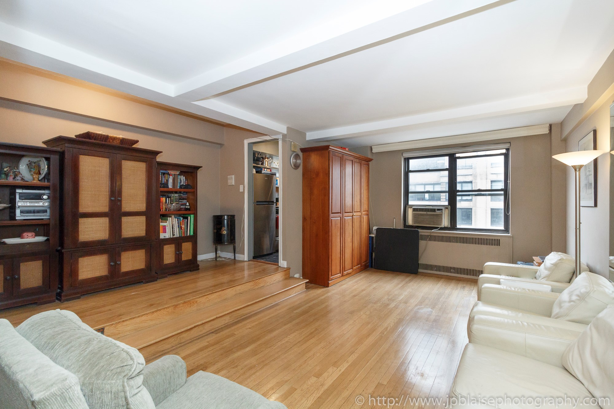 New york apartment photographer alcove studio Chelsea Manhattan real estate interior living