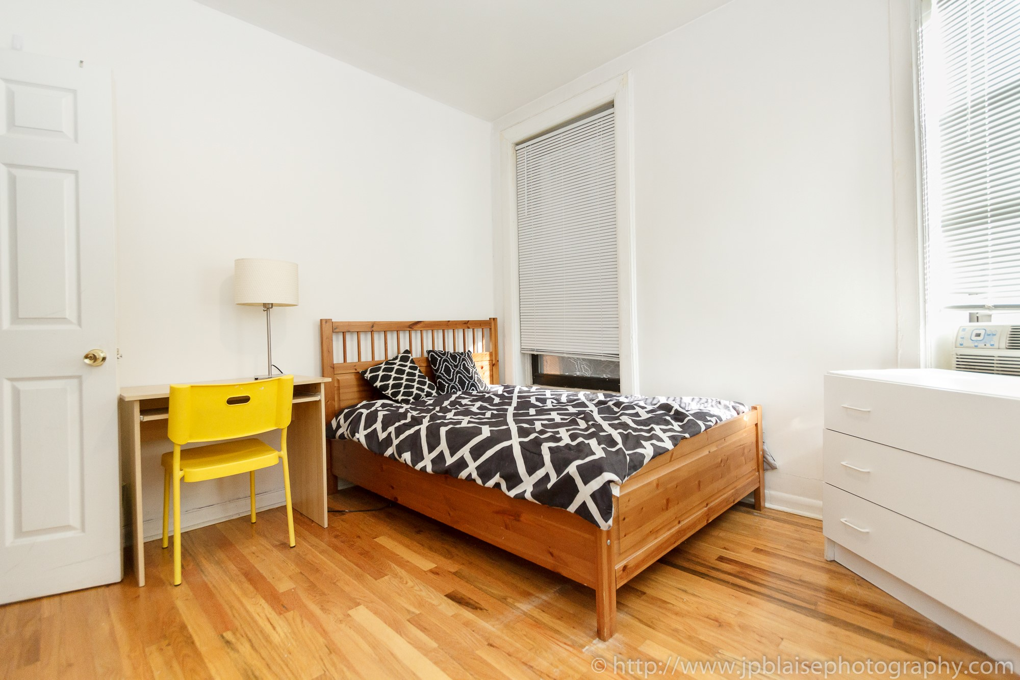 Recent apartment photographer work: Room for rent on the ...