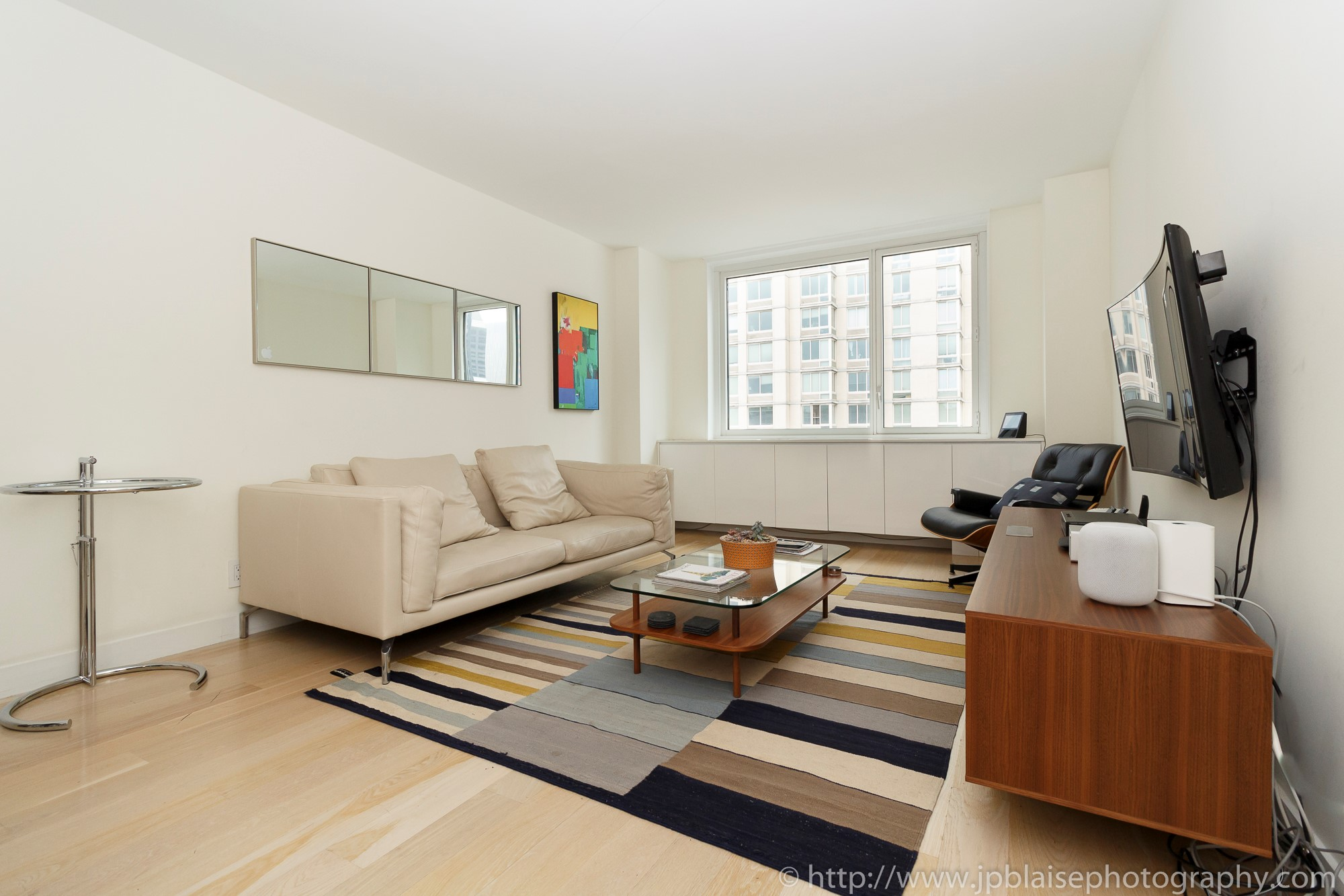 New york city apartment photographer ny nyc real estate interior photography midtown west living room