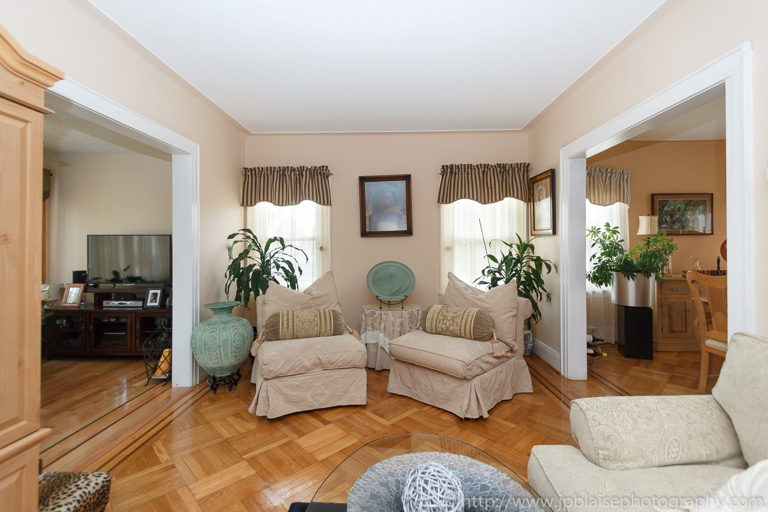 New york real estate apartment photographer room to rent in queens village house