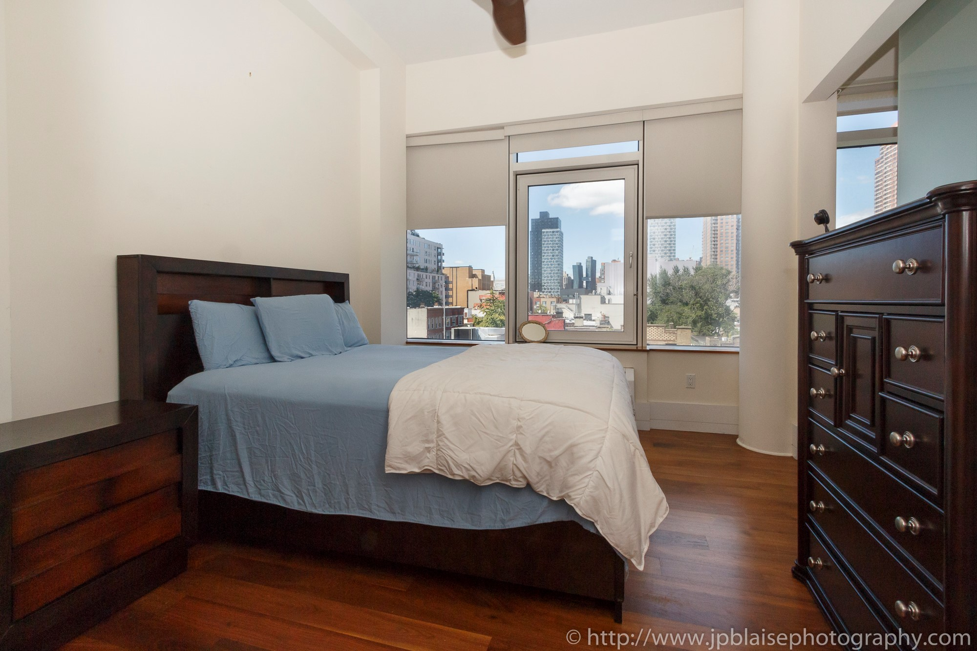 New york real estate photographer one bedroom apartment long island city queens