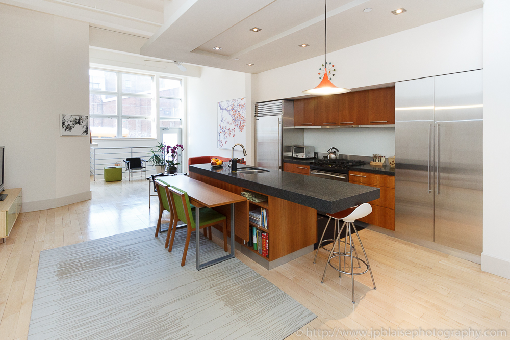 Williamsburg Real Estate photographer Picture of the Kitchen of a Brooklyn Loft