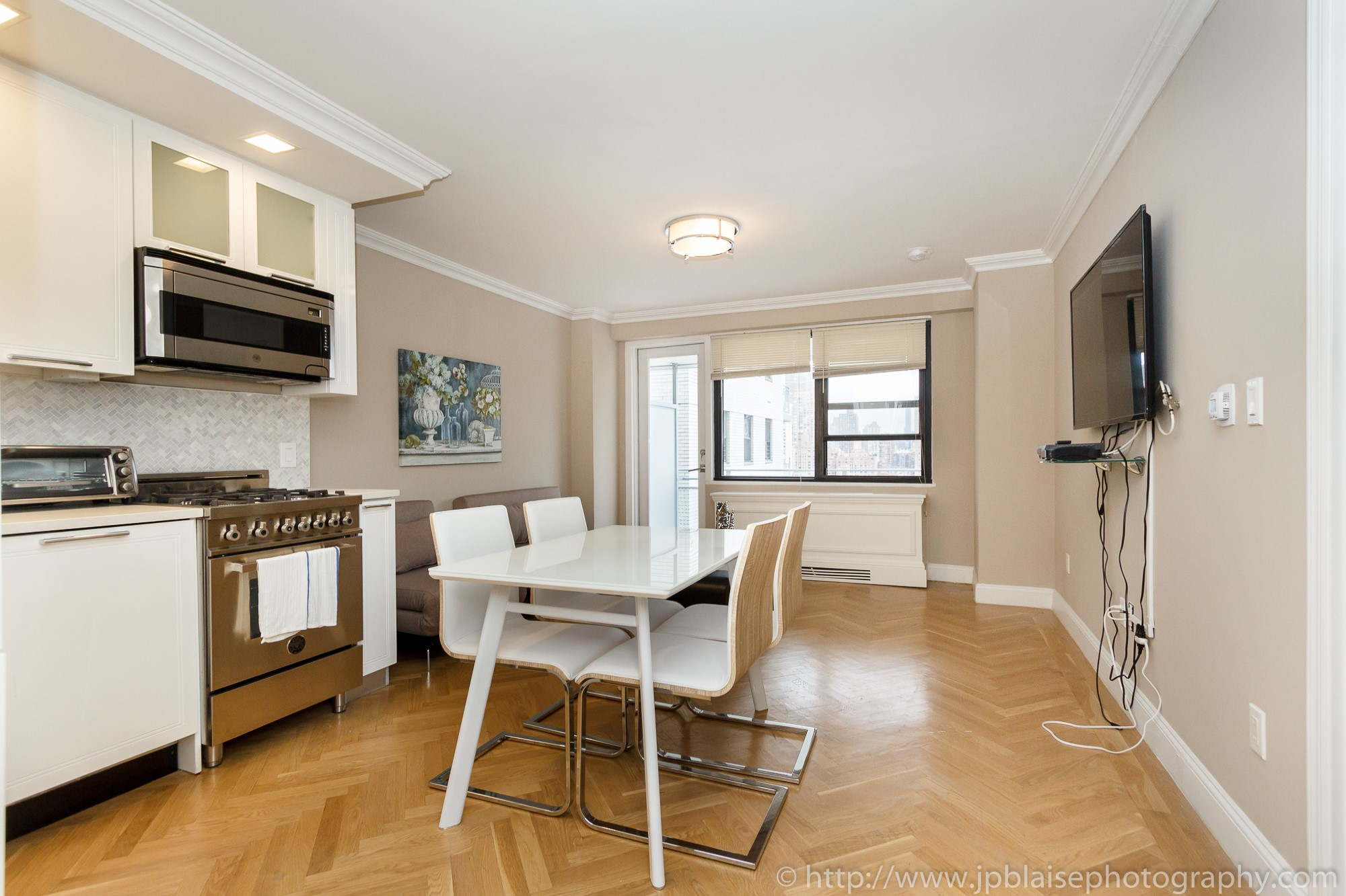 Studio Apartment Upper East Side Manhattan new york city interior photography session: modern one bedroom