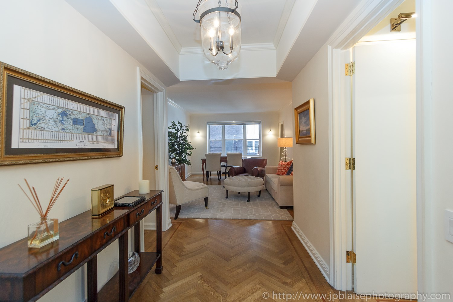 Real estate photographer new york two bedroom apartment in murray hill