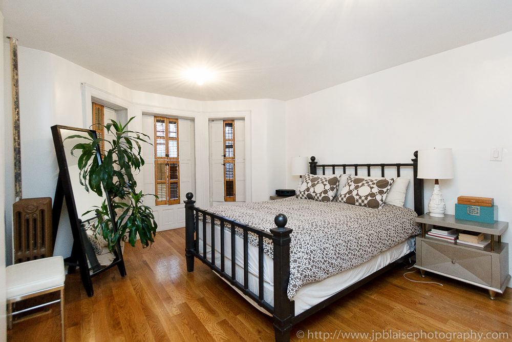 Interior Photography of bedroom with hardwood floor in Crown Heights, Brooklyn, New York City