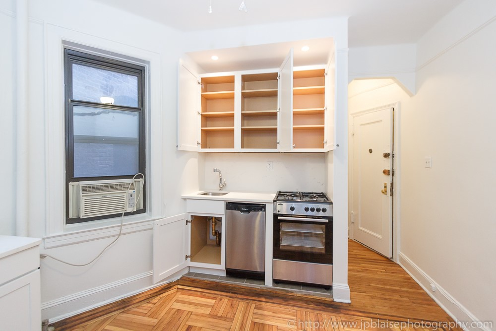 apartment photographer lower east side one bedroom unit for sale