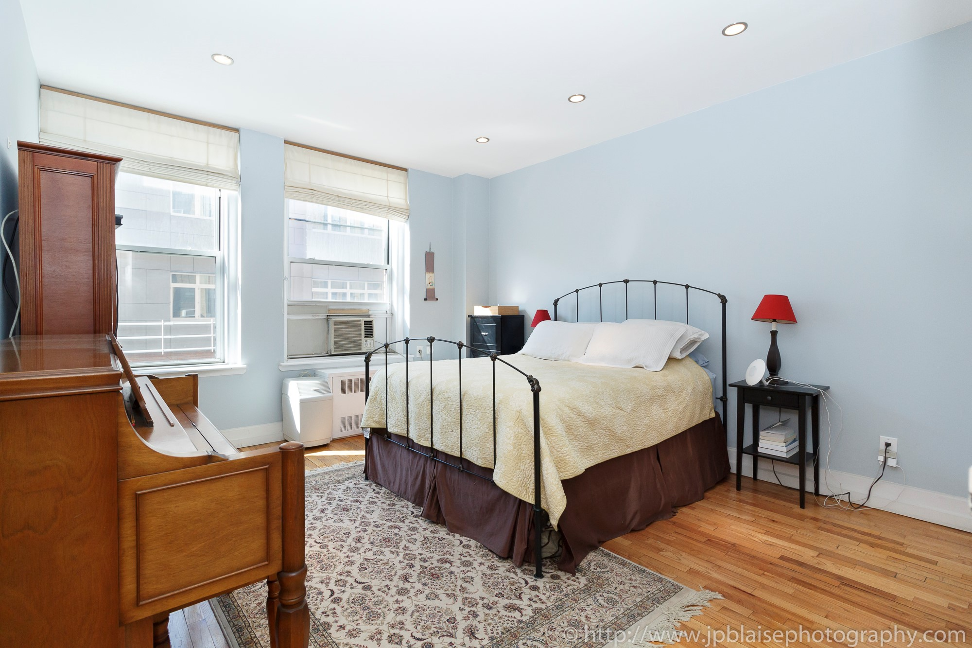 Recent ny apartment photographer work three bedroom two bathroom condo in brooklyn heights jp for Two bedroom apartments in brooklyn ny