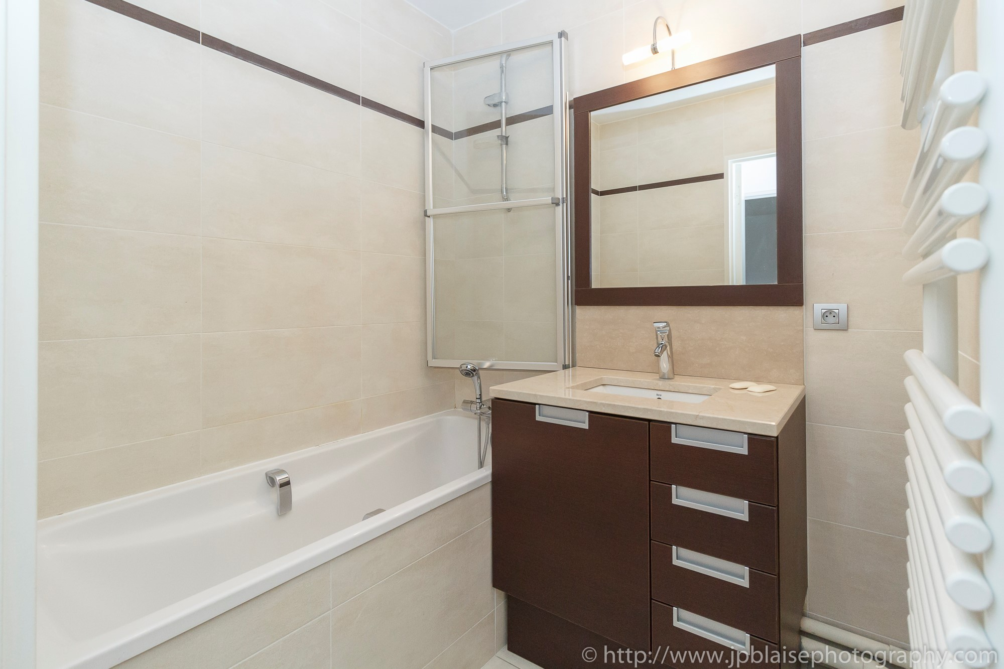 ny apartment photographer two bedroom interior real estate bathroom